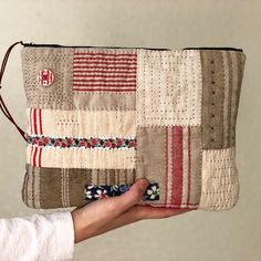 My Bags, Purses And Bags, Handmade Fabric Bags, Pouch Bag, Pouches, Patchwork Bags, Zipper Bags, Quilt Patterns, Sewing Projects