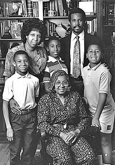 Ben Carson with wife Candy, Mother Sonya and children Rhoeyce,, Ben, Jr, and Murray