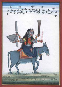 Goddess Shitala E 'rappresentata con quattro mani: porta una scopa d'argento, ventaglio, piccola ciotola e una brocca con Gangajal, acqua santa dal fiume Gange. Di tanto in tanto, si è raffigurato con due mani che trasportano una scopa e brocca. Sottolinea anche la necessità di pulizia.