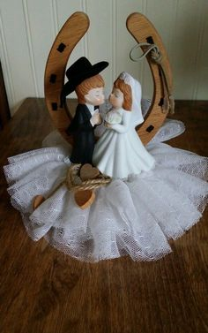 Vtg Cowboy Wedding Cake Table  Topper Horse Shoe