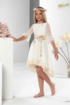 × - Dresses for Teens Dresses Kids Girl, Dresses For Teens, Robes De Confirmation, The Dress, Baby Dress, Mode Outfits, Girl Outfits, Gala Dresses, Wedding Dresses