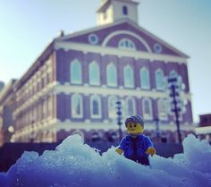 SpringSnow on #FaneuilHall in #BostonHarbour - so beautiful.  #sigfigs #legophotography #toyart #minifigures #SigfigAdventure by evansfamilylegoproject