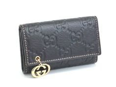 #eLADY global offers free shipping worldwide.  #Gucci 6 Rings Key case GG Leather Black 21211(BF061855)