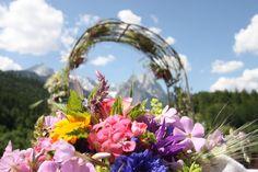 Sommerhochzeit - Trauung auf der Panoramawiese hoch über dem See mit Blick auf das Wettersteingebirge - Heiraten in Garmisch-Partenkirchen, Bayern, Riessersee Hotel Resort - Wedding in Bavaria