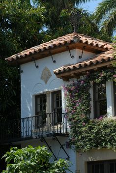 Handmade clay tile roofing, South Florida  http://www.carpentersroofing.com/#!project-xyz/c2016