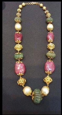 Beaded Jewelry, Beaded Bracelets, Necklaces, Jewellery, Gold Designs, Gold Earrings Designs, Pearl Chain, Gold Art, Designer Earrings