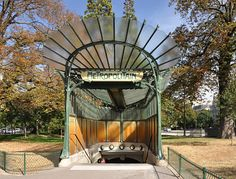 The entrance of Porte Dauphine metro station in arrondissement of Paris, France. The Art Nouveau design is a work of French architect and designer Hector Guimard. Architecture Parisienne, Architecture Art Nouveau, Organic Architecture, Tour Eiffel, Art Nouveau Arquitectura, Hector Guimard, Metro Paris, Paris Arrondissement, Art Nouveau Design