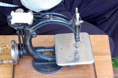 sewing machine 4-24-10  via Flickr http://www.flickr.com/photos/goatmanbaldy/4554839709/#