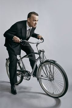 tomhanksworld: Tom Hanks by Taili Song Roth - Bycicle Vintage, Bycicle Woman Tom Hanks, Model Tips, Bike Style, Lady Diana, Best Actor, Famous Faces, Belle Photo, Celebrity Photos, Movie Stars