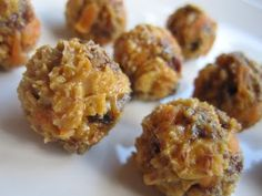 PB and Fruit Protein Balls | Skinny Mom | Tips for Moms | Fitness | Food | Fashion | Family