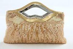 Oh my I need a gift  fall handbag !! Skyler  needs to see this !!!