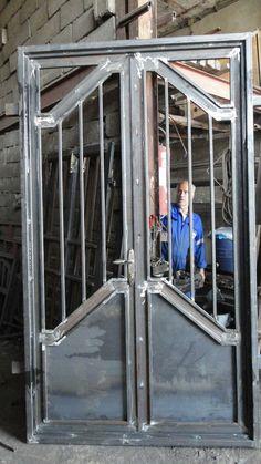 Steel Gate Design, Front Gate Design, Main Gate Design, House Gate Design, Door Gate Design, Door Design Interior, Home Window Grill Design, Grill Door Design, Metal Gates
