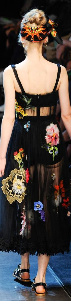 ♛ ♛ VIP Pass Backstage Fashion Show {backstage} ♛ ♛ Dolce & Gabbana Spring 2016 RTW