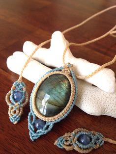 Collar de labradorita macrame macrame hecha a mano por Flordemano                                                                                                                                                                                 Más