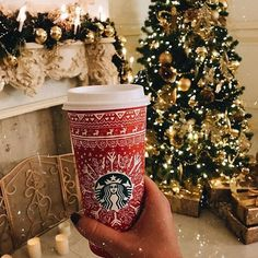 The 30 Best Starbucks Drinks to Enjoy . Holiday The 30 Best Starbucks Drinks to Enjoy ☕️ 🍵 . Present Christmas, Christmas Time Is Here, Christmas Mood, Merry Little Christmas, All Things Christmas, Christmas Ideas, Christmas Quotes, Winter Holiday, Christmas Pictures