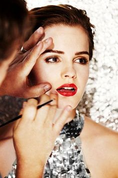 beautiful make-up on Emma