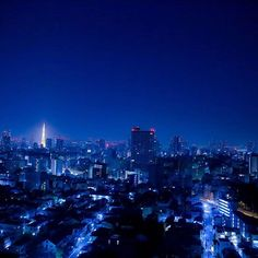 Instagram【tommystargram】さんの写真をピンしています。 《This is Tokyo... #myphotography #myworld #mycolor #colorful #tokyo #japanese  #photography #photo #photooftheday #photograph #right #midnight #blue #deepblue #tokyotower  #camera #canon #eos6d #カメラ #写真散歩 #写真好きな人と繋がりたい #写真部 #撮影 #夜景 #instalove》