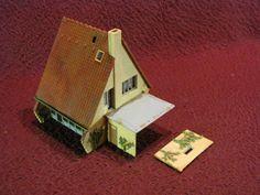 HO SCALE FALLER A-FRAME HOUSE W/ TERRA COTTA ROOF & CARPORT Ho Scale Buildings, A Frame House, Terra Cotta, Terracotta
