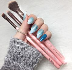 We love that you love our brushes! Thank you @courtneysmakeupcorner! SHOP LuxieBeauty.com #LuxieBeauty #Makeup