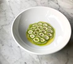 Scales - a plating trend -The Art of Plating Trends for 2018 – The Art of Plating Dish by Igancio Mattos Gourmet Food Plating, Restaurants, Modernist Cuisine, Calamansi, Plate Presentation, Plate Design, Gourmet Recipes, Gastronomia, Molecular Gastronomy