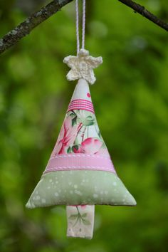 Fabric Christmas Tree, Pink, Green, Ribbon, Patchwork, , Crochet Star Christmas Tree Decoration, Spotty, Vintage, Floral by HeartmadeSouthAfrica on Etsy Fabric Christmas Trees, Christmas Tree Decorations, Christmas Ornaments, Holiday Decor, Crochet Stars, Green Ribbon, Vintage Floral, Pink And Green, Magic