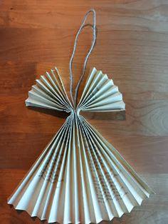 Kässämartat: Paperienkeli kierrätysmateriaaleista Music Ornaments, Paper Ornaments, Angel Ornaments, Christmas Angel Decorations, Christmas Angels, Christmas Diy, Angel Crafts, Diy And Crafts, Christmas Crafts