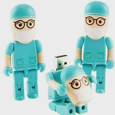 Stupende queste chiavette usb!!   #fun #funny #smile #lego #usb #technology #dentist