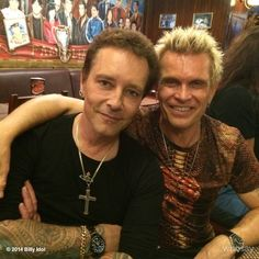 With @BillyMorrison at band crew Bucharest dinner