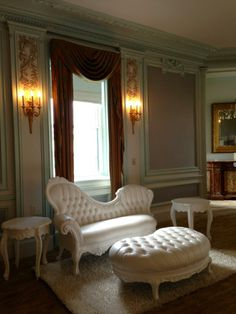 Wedding Lounge Furniture - CORT event furnishings Napoleon collection at the Castle Hotel & Spa