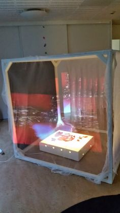 project on 4 sides with cheap projectors? Reggio Inspired Classrooms, Reggio Classroom, Toddler Classroom, New Classroom, Preschool Classroom, Reggio Emilia Approach, Sensory Rooms, Classroom Environment, Classroom Inspiration