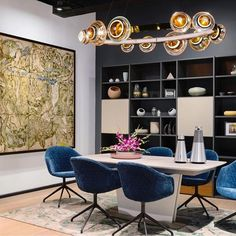 Together we can do wonderful things! Like in this collaboration between our store in New Delhi, #bangolufsen, #klovestudio and #dagmodern⠀ ⠀ #BoConcept #design #collaboration #art ⠀