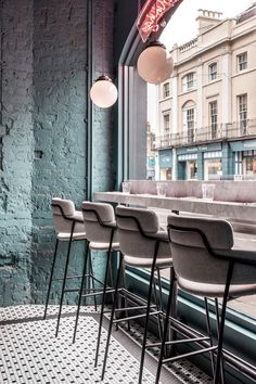 Home Decorating DIY Projects : Biasol focuses on simple and confident details at Greenwich Grind restaurant in London Loft Interior, Restaurant Interior Design, Modern Restaurant, Restaurant Interiors, Restaurant Chairs, Shop Interiors, Coffee Cafe Interior, Coffee Shop Design, Cafe Design