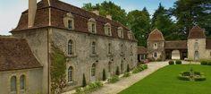 'Château Laudonie' :  fabulous holiday retreat near the village of Rouffignac–Saint-Cernin de Reilhac (Dordogne) France