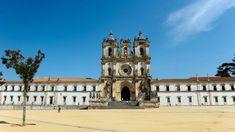 Sintra, Porto e Alcobaça com monumentos em perigo segundo conselho internacional – Observador Building, Cargo, Travel, Church Lobby, Investing, Log Projects, Monuments, Viajes, Buildings