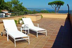 #Suite Hotel Sa Punta #Pals #CostaBrava Costa, Outdoor Furniture, Outdoor Decor, Sun Lounger, Home Decor, Restaurants, Chaise Longue, Decoration Home, Room Decor