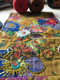 Creative Embroidery, Ribbon Embroidery, Embroidery Applique, Embroidery Stitches, Machine Embroidery, Embroidery Designs, Crazy Quilting, Fabric Decor, Fabric Art