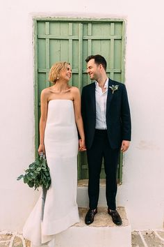 Today we will travel to beautiful Folegandros where the gorgeous couple of today's wedding tied the knot. Civil Wedding, Our Wedding Day, Dream Wedding, Perfect Wedding Dress, Wedding Dress Styles, Bridal Skirts, Wedding Inspiration, Wedding Ideas, Wedding Planning