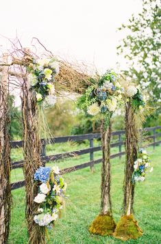 I am in love with this arch by Holly Heider Chappel.  I love the fact that it expands into a chuppah!