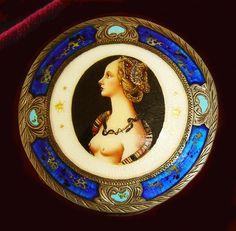 Italian silver enamel compact Portrait of Simonetta Vespucci