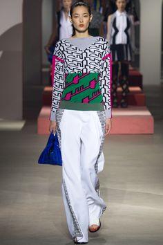 Kenzo Spring 2016 Ready-to-Wear Fashion Show - Tiana Tolstoi (NEW MADISON)
