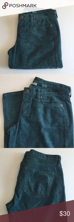 """Jcrew green skinny cord Jcrew dark teal green skinny cord, great condition worn only once, has 29"""" inseam and waist measures 14"""" J. Crew Pants Skinny"""
