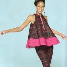 Cutie Short Ankara Gown Styles for Pretty Ladies – DeZango Fashion Zone Latest African Fashion Dresses, African Dresses For Women, African Print Dresses, African Print Fashion, African Attire, African Wear, African Women, African Prints, Ghanaian Fashion