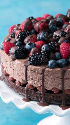 May the (black) forest be with you with this chocolate mousse cake!