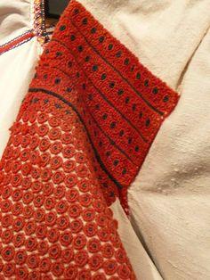 Folk Costume, Costumes, Ukraine, Desk, Traditional, Embroidery, Art, Fashion, Art Background