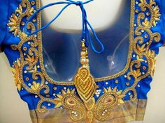 South Indian Blouse Designs, Bridal Blouse Designs, Saree Blouse Designs, Latest Indian Saree, Indian Beauty Saree, Work Blouse, Blue Blouse, Baby Gown, India Fashion