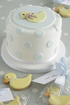 48 Ideas Baby Boy Shower Cakes And Cupcakes Blue Baby Shower Duck, Rubber Ducky Baby Shower, Baby Cakes, Pink Cakes, Pretty Cakes, Cute Cakes, Fondant Cakes, Cupcake Cakes, Rubber Duck Cake