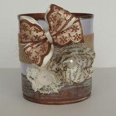 Lata decorada puntillas, raso y flor de papel
