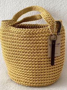 Crochet Basket Pattern, Tote Pattern, Crochet Patterns, Crochet Handbags, Crochet Purses, Crochet Tote Bags, Crochet Bag Tutorials, Crochet Projects, Crochet Stitches