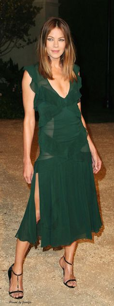 Love the hair! Aries Goddess Michelle Monaghan in Burberry