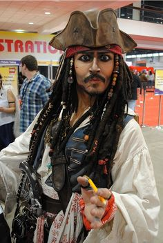 Lovely Great Jack Sparrow Impersonator! I Really Like His Vest Disney Cosplay  Costumes, Pirate Cosplay